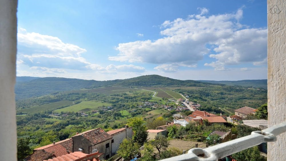 - comfortable and spacious apartment