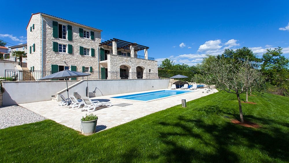 - Villa Near Motovun, Istria