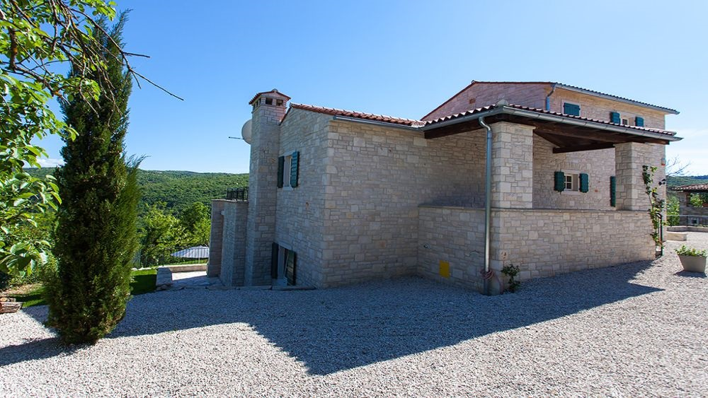 Motovun villa with pool