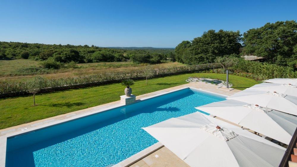 Villa wiith pool