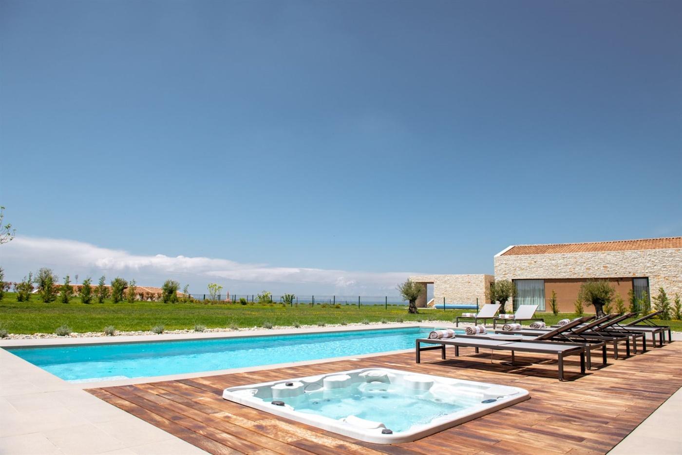 Villa San Padeo pool