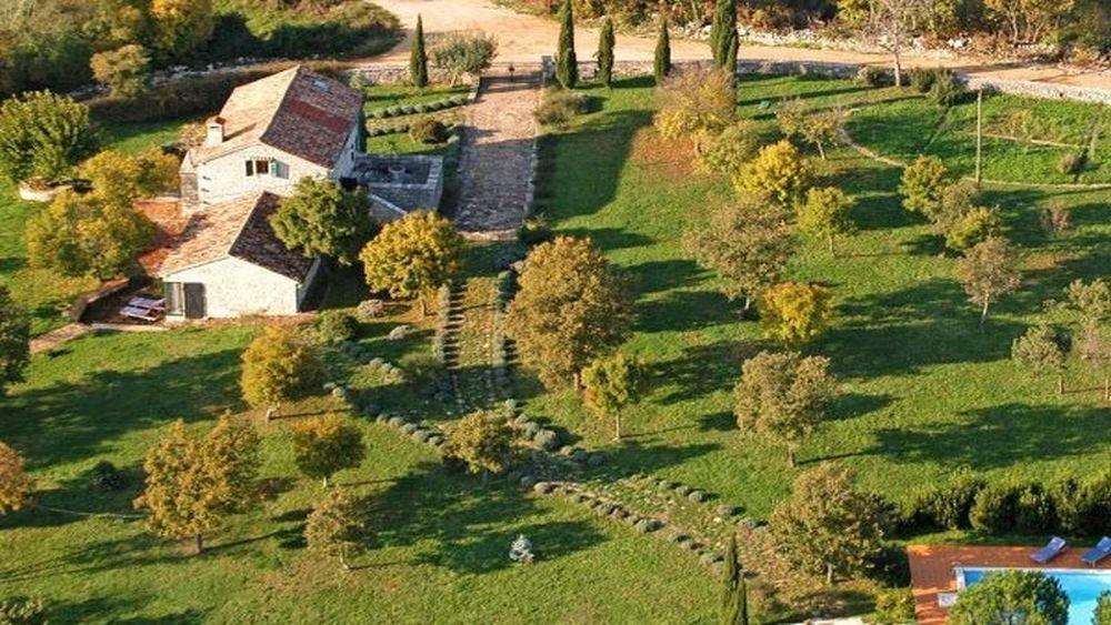 - holiday villa on large estate 180m2 - istrian
