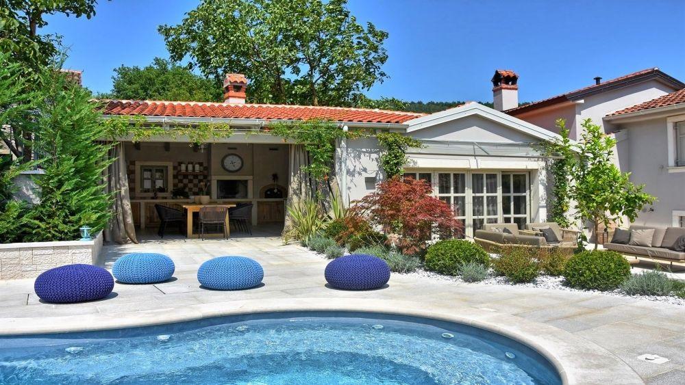 Unique villa 0194